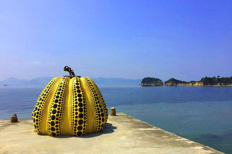直島の本当の魅力を発見!直島観光に役立つ情報まとめ
